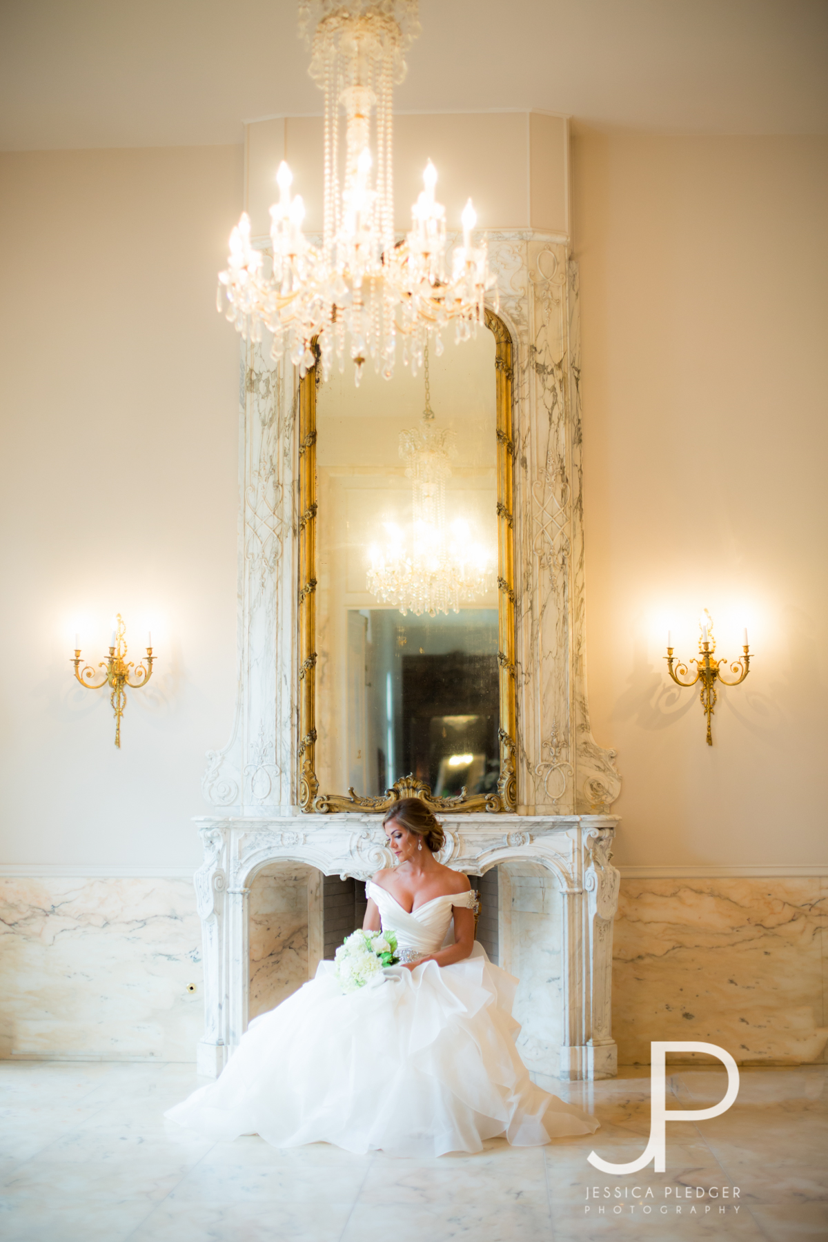 Chateau Cocomar Bridal Session by Jessica Pledger Photography